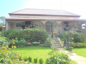 22 Gunn St home & Shop for sale
