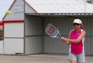 Karen Nietschke of Eudunda Tennis Club at Eudunda  playing against Brady Creek 16th Jan 2013