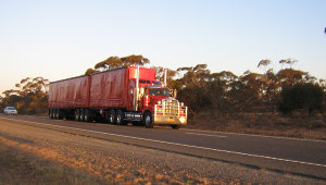 Red B-Double Truck - Wikimedia Commons